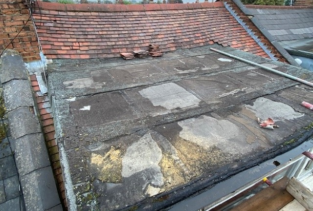 """Featured image for """"Flat roof defects"""""""